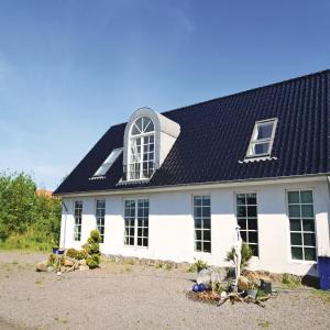 Hotel Pictures: Two-Bedroom Holiday Home in Harpelunde, Harpelunde