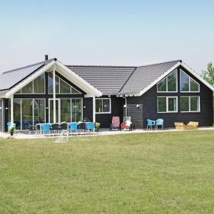 Hotelbilleder: Holiday home Blommestien Idestrup V, Bøtø