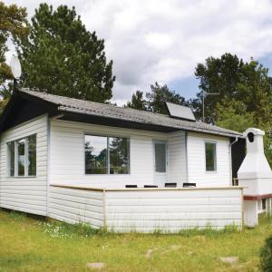 Hotelbilleder: Two-Bedroom Holiday home in Ebeltoft, Ebeltoft