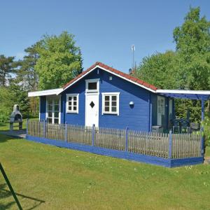 Hotel Pictures: Holiday Home Væggerløse 05, Bøtø By