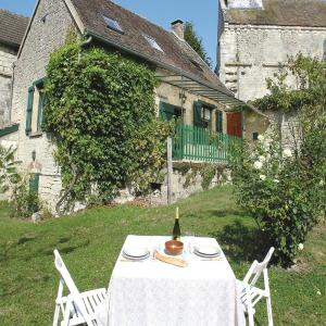 Hotel Pictures: Holiday Home Orgeval Grande Rue, Orgeval