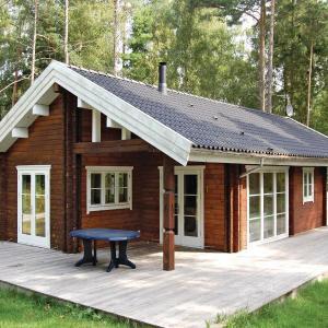 Hotel Pictures: Holiday home Horsnæsvej, Stege
