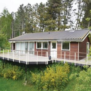 Hotel Pictures: Holiday home Fuglevad Knebel IX, Knebel