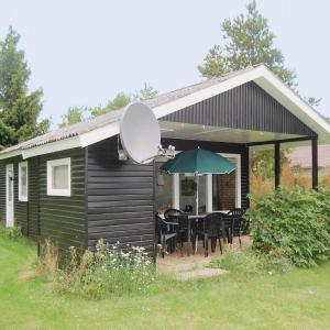 Hotel Pictures: Holiday home Lærkevej Præstø, Togeholt