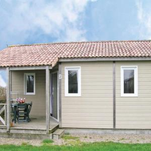 Hotel Pictures: Holiday home Le Ham YA-1129, Le Ham