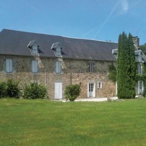 Hotel Pictures: One-Bedroom Apartment in Hocquigny, Hocquigny