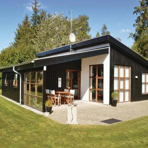 Hotel Pictures: Studio Holiday Home in Hadsund, Helberskov