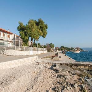 Hotellbilder: One-Bedroom Apartment in Brodarica, Brodarica