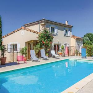 Hotel Pictures: Three-Bedroom Holiday Home in Espeluche, Espeluche