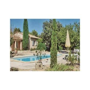 Hotel Pictures: Holiday home Les Barrys/Puget sur D with Outdoor Swimming Pool 424, Puget