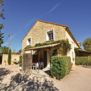 Hotel Pictures: Two-Bedroom Holiday Home in Monteux, Monteux