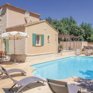 Hotel Pictures: Three-Bedroom Holiday Home in Saint Didier, Saint-Didier