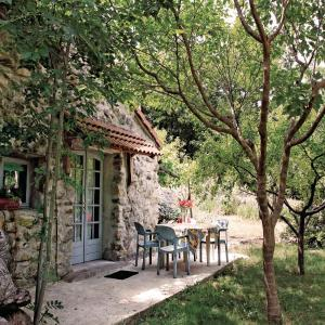 Hotel Pictures: Holiday home Le Chazalet P-859, Mayres