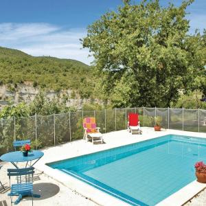 Hotel Pictures: Studio Holiday Home in Saint Thome, Saint-Thomé
