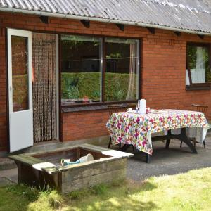Hotel Pictures: Holiday Home Stouby 07, Stouby