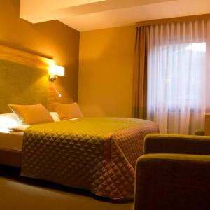 Hotelbilleder: Altes Kurhaus Landhotel, Trabelsdorf
