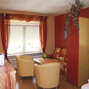 Hotel Pictures: One-Bedroom Apartment in Steinwiesen OT Nurn, Nurn