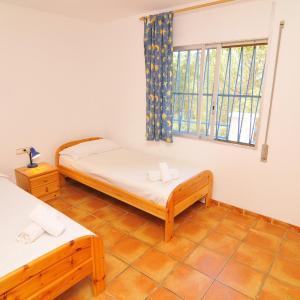 Hotel Pictures: Casa Spirit, San Cipriano de Vallalta