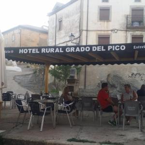 Hotel Pictures: Hotel Rural Grado del Pico, Grado del Pico
