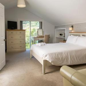 Hotel Pictures: Soar Mill Cove Hotel, Salcombe