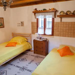 Фотографии отеля: Chiflik Elena Guest House, Kyulevcha