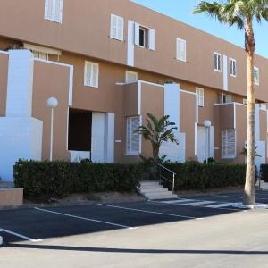 Hotel Pictures: Soling 14, San Javier
