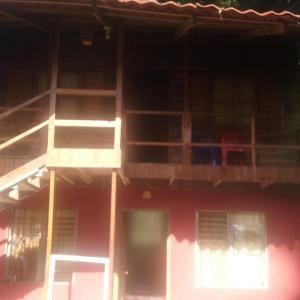 Hotel Pictures: Cabinas Delviera, Cocles