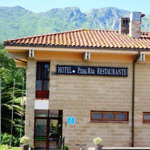 Hotel Pictures: Hotel Restaurante Prau Riu, Llanes