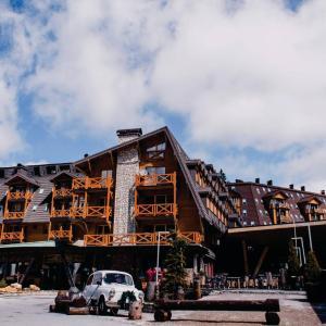 Hotel Pictures: Apartman 109 - Aparthotel Vučko, Jahorina