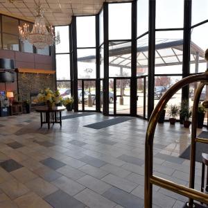 Hotel Pictures: Tropical Inn - North Battleford, North Battleford