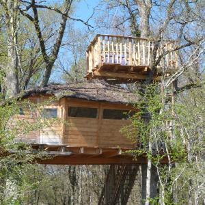 Hotel Pictures: Les Cabanes de Chanteclair, Ciron