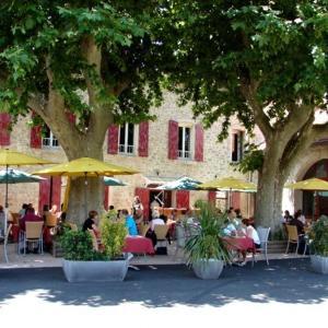 Hotel Pictures: Auberge de Bonpas, Montfavet