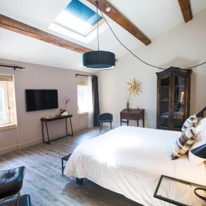 Hotel Pictures: Le Vieux Four, Mouriès