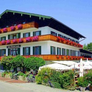 Hotelbilleder: Hotel Unterwirt, Eggstätt