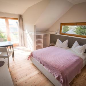 Fotos do Hotel: Scheiber Wein & Gästehaus, Weiden am See