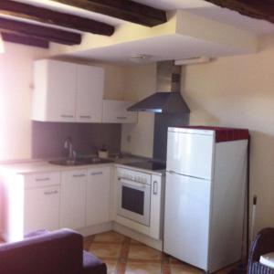 Hotel Pictures: Apartamento Casa Campo, Jaca