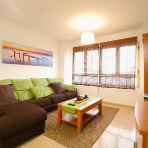 Hotel Pictures: Melenara Apartment, Telde