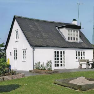 Hotel Pictures: Holiday home Gadegårdsvej, Vester Jølby