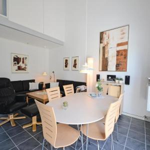 Hotel Pictures: Holiday home Vestervig 45, Vestervig