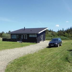 Hotel Pictures: Three-Bedroom Holiday home Hurup Thy with a Fireplace 06, Sindrup
