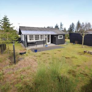Hotel Pictures: Three-Bedroom Holiday home Fjerritslev with a Fireplace 07, Torup Strand