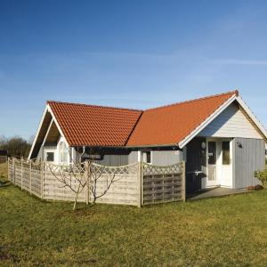 Hotel Pictures: Two-Bedroom Holiday Home in Hovborg, Hovborg