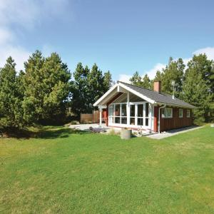 Hotel Pictures: Three-Bedroom Holiday Home in Hurup Thy, Sindrup