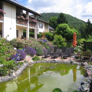 Hotelbilleder: Ferienhaus Traube, Albersweiler