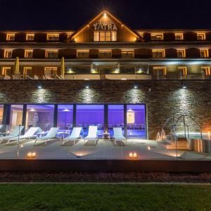 Hotel Pictures: Grandhotel Tatra, Velké Karlovice