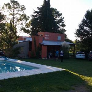 Hotel Pictures: Cabañas Villa el Recreo, Villa Rumipal