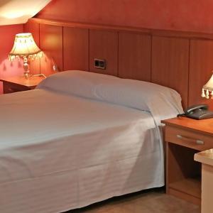 Hotel Pictures: Complejo ATH Real de Castilla I-II, Tordesillas