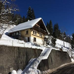 Hotel Pictures: 77 Year Old Swiss Chalet between Interlaken and Lucerne, Schangnau