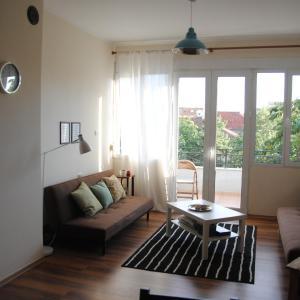 Foto Hotel: Simple Apartment, Korçë