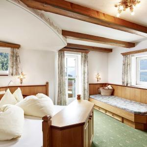 Фотографии отеля: Landhotel Hauserbauer, Дорфгаштайн